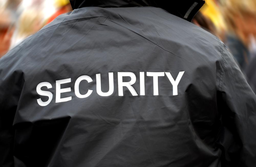 Grundausrüstung Security Türsteher Bodyguard Ordner